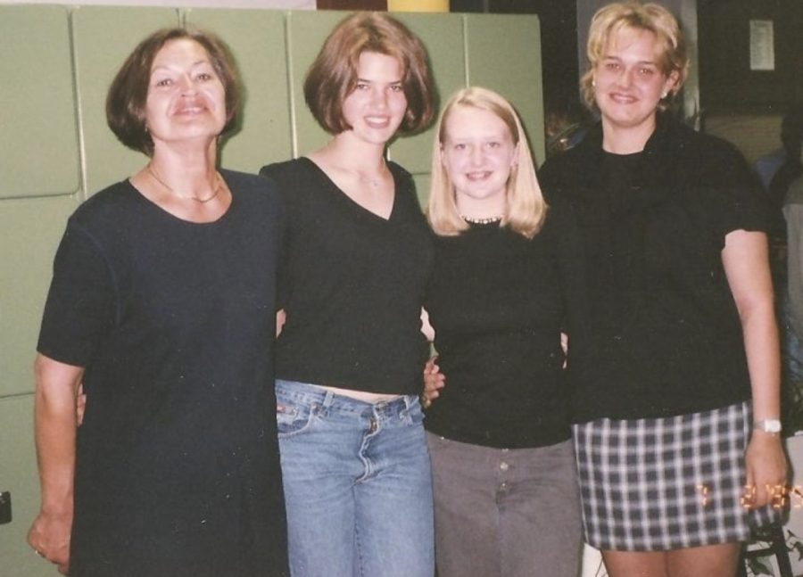 On the far left is Frau Manicke's Host Mom. Frau is the blonde in between her two Host Sisters.