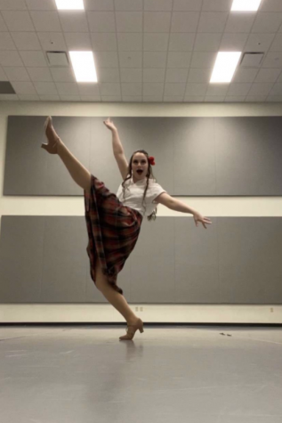 DAHS Grad Dances to New Normal